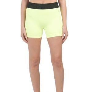 4/$25 Free people movement yellow shorts